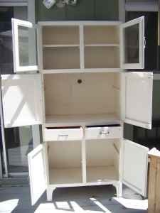 I LOVE THIS FOR KITCHEN STORAGE, OR EVEN BED ROOM STORAGE. Free Standing  Kitchen CabinetsKitchen ...