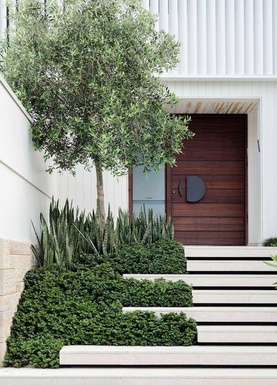 Modern Front Door Entry Landscape Design Farmhouse Landscaping Modern Landscaping