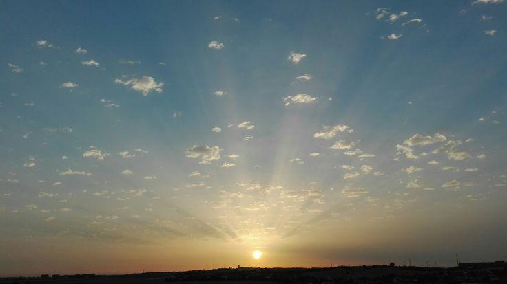 Mira el lado positivo de las cosas...amanecer desde el hospital puede ser muy bello
