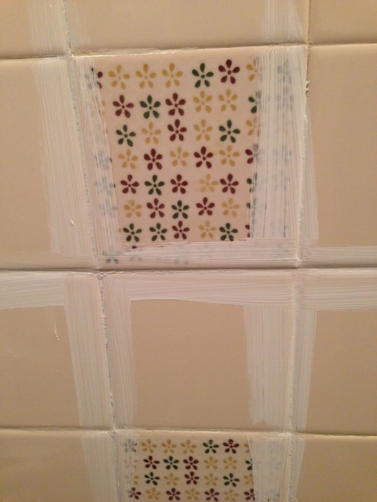 Best 25 painting over tiles ideas on pinterest painting for Painting over bathroom tile