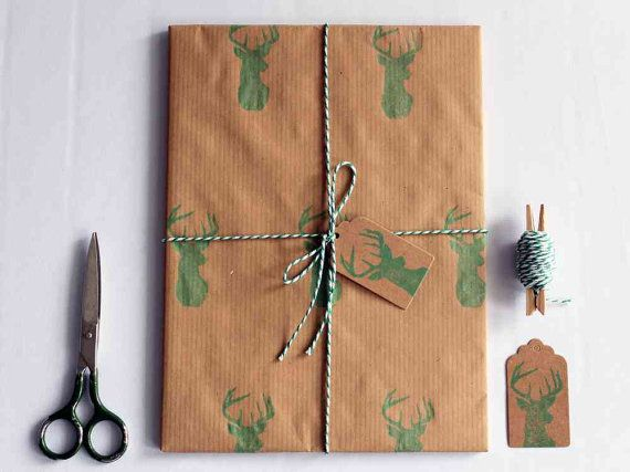 Christmas wrapping paper | Gift wrap set |  1 sheet of paper 70x100cm/27.5x39.5'' | 2 gift tags | 5m/5yd twine | Hand printed | Green deer
