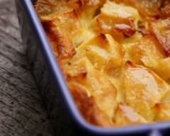 Clafoutis pommes  caramel au beurre salé (facile, rapide) - Une recette CuisineAZ