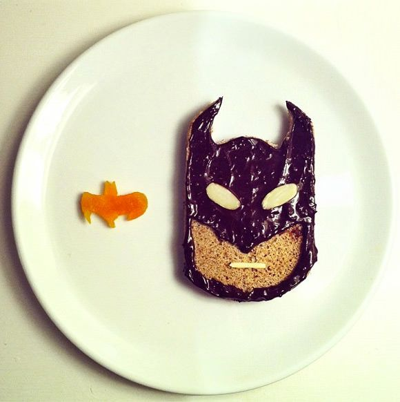 Holy Break­fast, Batman!