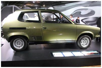 VW, EA 266, technische Daten: wassergekühlter Reihenvierzylinder, 1588 ccm, 100 PS, 970 kg, 189 km/h