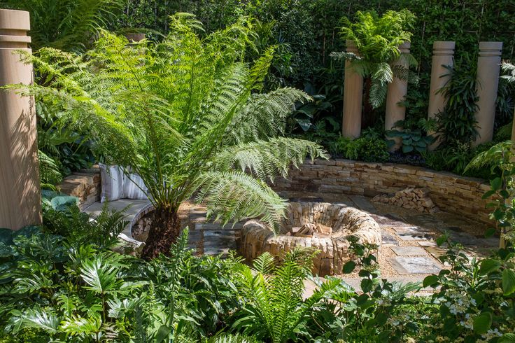 The Time In Between at the RHS Chelsea Flower Show 2015 / RHS Gardening