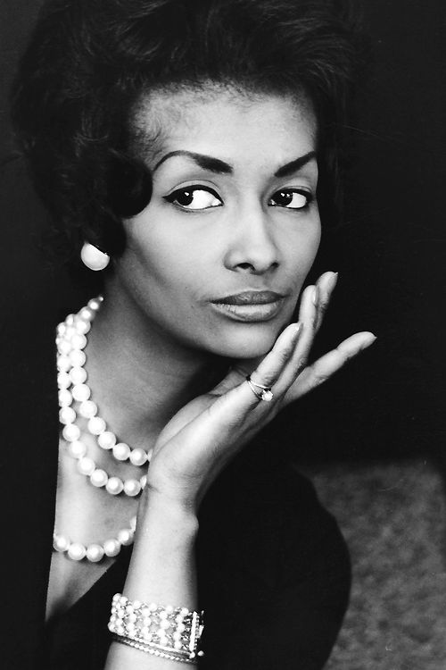 Helen Williams, the first African American fashion model to cross over into the mainstream,photographed by Peter Basch c. 1950s