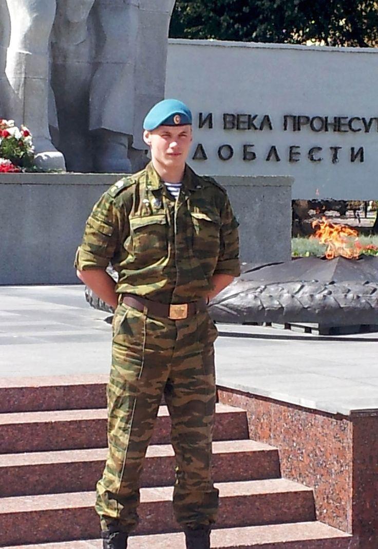 русские мужчины военные - российская армия Russian men military - Russian army