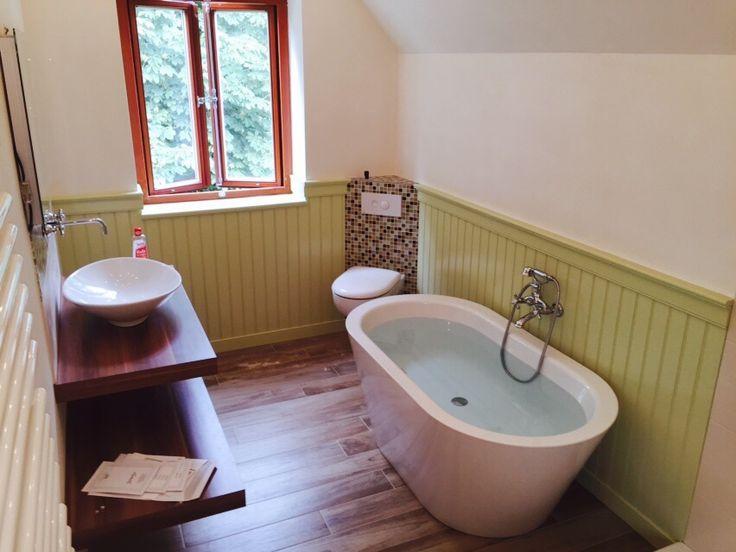 #beadboard.de - #Wandverkleidung #Schwedenhaus #cottage style #Farrow&Ball #Holzverkleidung