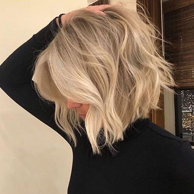 75 Beste Schone Frisuren Mittellange Haare In 2020 Messy Short Hair Thick Hair Styles Bob Hairstyles