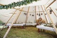 Festival bohemian tepee wedding | Feather Love Photography | see more on: http://burnettsboards.com/2016/01/ultimate-festival-wedding/