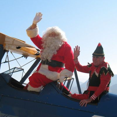 Santa Fly In at the Palm Springs Air Museum, December 9-10, 2017.