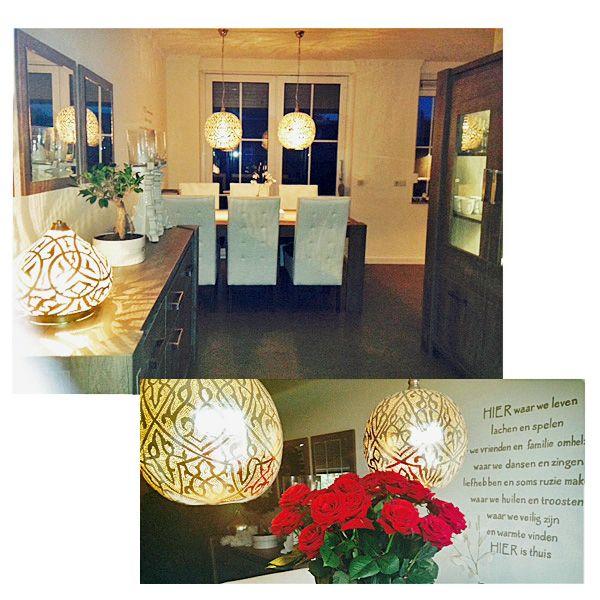 Boven de eettafel: Arabische hanglampen Isra (maat L), op het dressoir ...