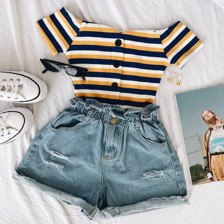 SUMMER UNIFORM ✨ So verdammt süß in unserem Devotion Crop Top x Dallas Paperbag Short …