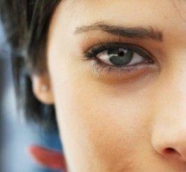 В жизни каждой женщины наступает рубеж, когда начинается процесс увядания. Особенно интенсивно он отображается на изменениях кожи: она становится более дряблой, местами обвисает, появляются морщины, исчезает прежняя эластичность, меняется цвет. Эти перемены происходят постепенно, начинаясь в 30 лет…