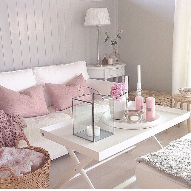 Peaceful and relaxing - INCREDIBLY BEAUTIFUL!! - LOVE THE POPS OF PINK WHICH ARE SUCH A BEAUTIFUL SHADE!!#️⃣