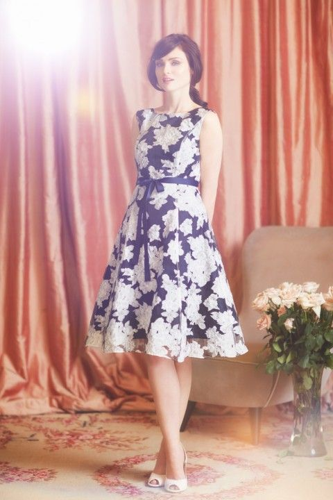 Sophie Ellis-Bextor Teams Up With Phase Eight For New Spring Campaign