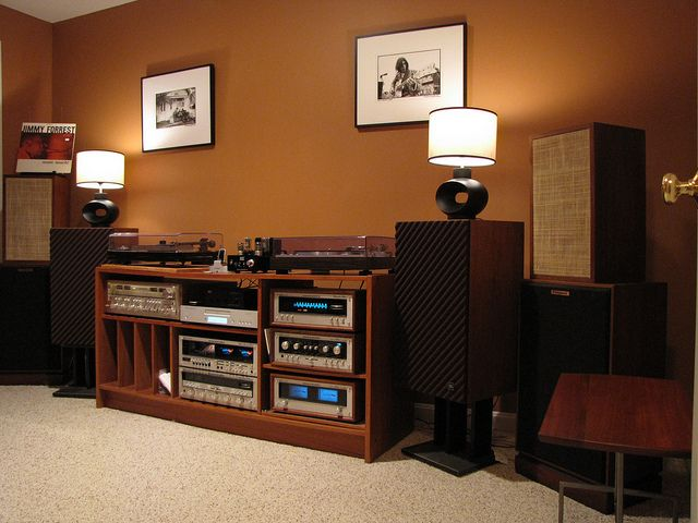 Vintage Stereo Setup By Taylor Player Via Flickr Audio
