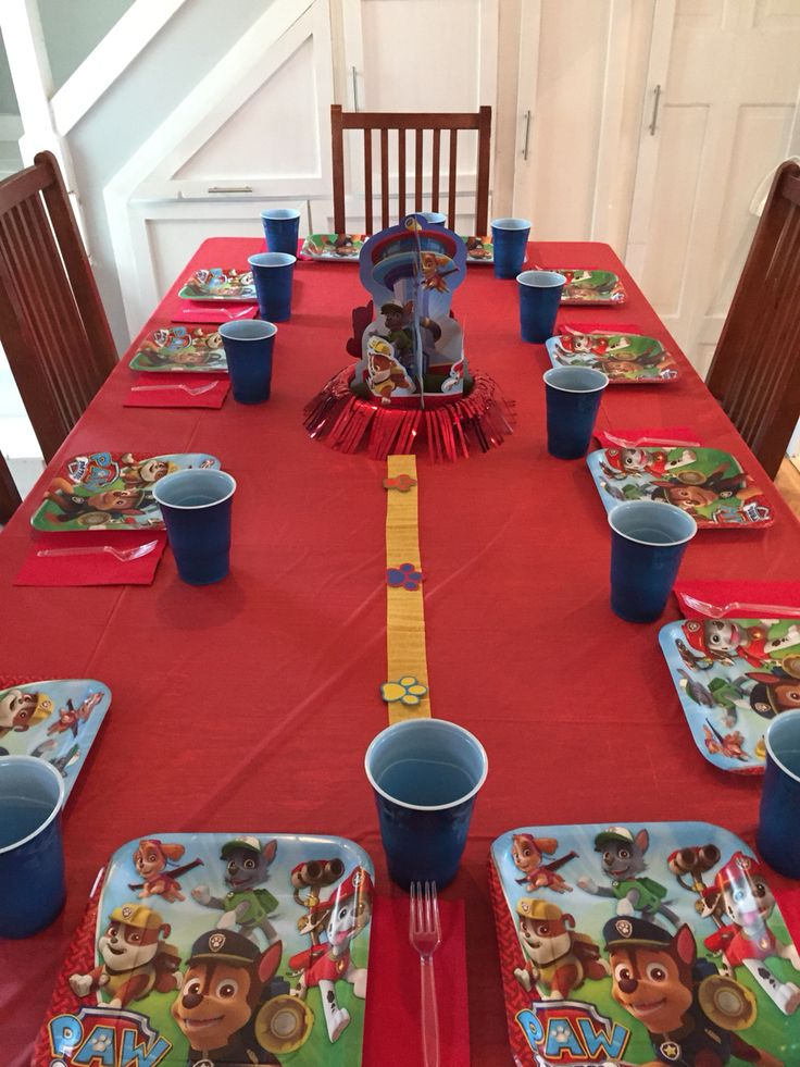 Paw patrol table decorations | party ideas | Pinterest ...