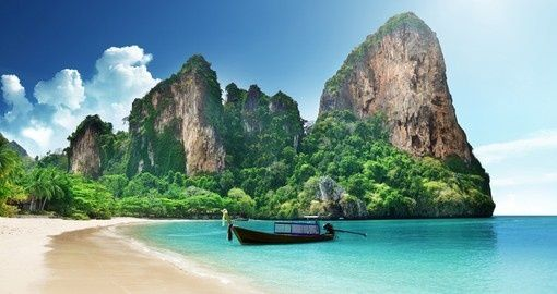Crystal clear water in Krabi, Thailand | Christmas Escapes