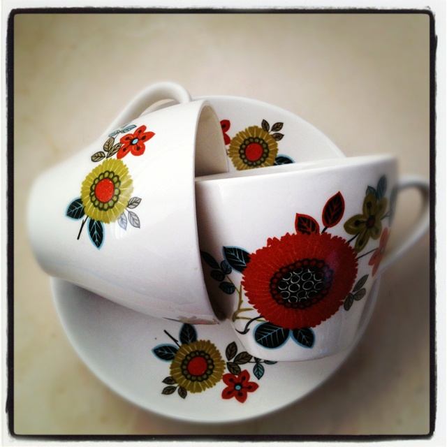 Crown Lynn - Kelston tea cup & saucer