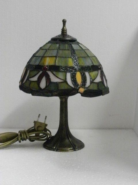 lampada tiffany stile liberty