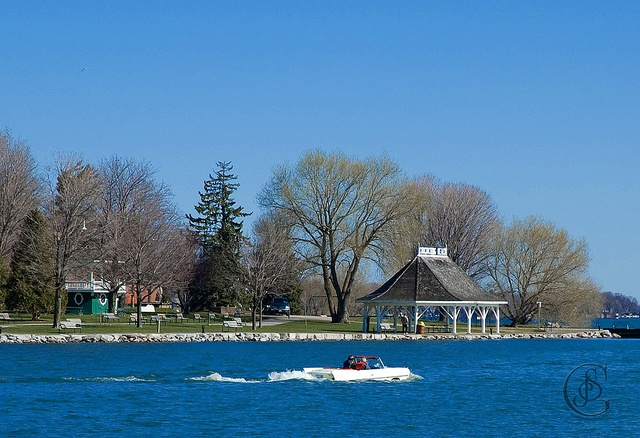 A must visit with the kids during the summer - Couchiching Beach Park, Orillia, Ontario.