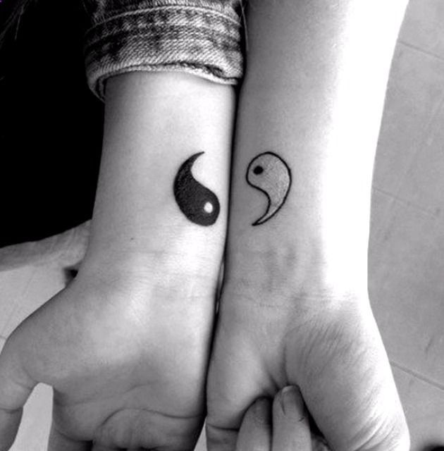 Tatuajes Para Parejas Enamoradas Minimalist Tattoo Small Girl Tattoos Friend Tattoos
