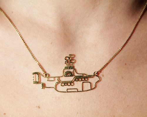 Yellow SubmarineThe Beatles, Beatles Clothing, Yellow Submarines, Beatles Yellow, Style, Jewelry, Submarines Necklaces, Things, Accessories