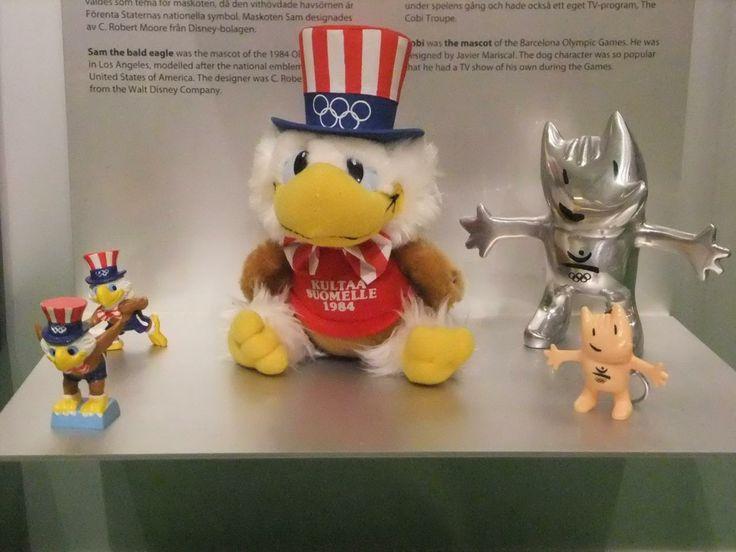 他にも歴代オリンピックに関する展示もあり、ロサンゼルスオリンピックのイーグルサムや、モスクワオリンピックの熊のミーシャといったマスコットキャラクターも展示されていた。  #SamTheOlympicEagle #eagle #Sam #Cobi #LosAngeles #Barcelona