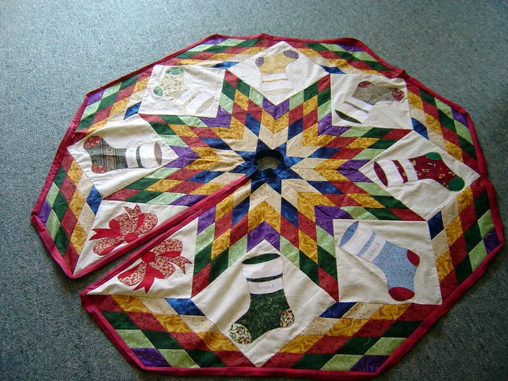 Christmas Tree Skirt, photo taken just of the top.