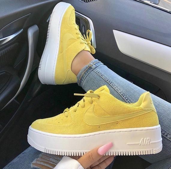 nike air force 1 sage femme jaune