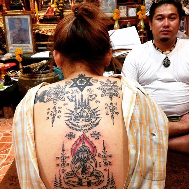 Time does not heal everything but acceptance will heal everything. Thai traditional tattoo by Ajarn Chai. #tattoo #thaitattoo #tattoos #tattooed #thaitattooartis #tattooartis #tattooart #tattoolife #instatattoo #buddha #buddhatattoo #yantra #sakyant #ink #inked #traditionaltattoo #sukhothai #thailand #handtattoo #tattoolove #tattoodesign #bodyart #tattooaddict #tattoogirl #girlwithtattoo #girlwithtattoos