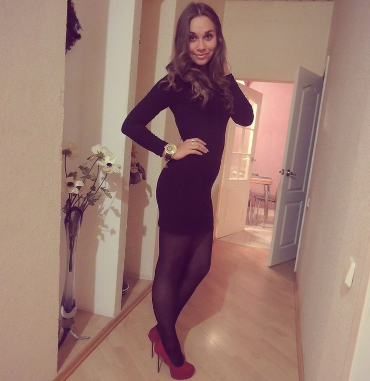 In Pantyhose Dating 120