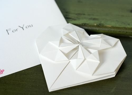 Origami heart love note step by step tutorial template - How to make paper love hearts ...