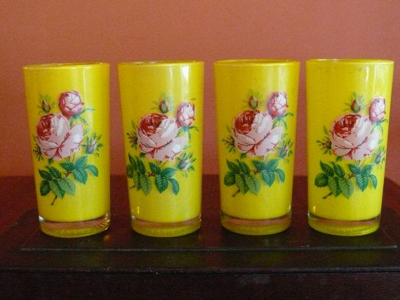 4 Pretty Yellow Drinking Glasses Tumblers Retro by shopliferelics