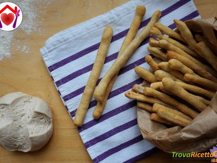 Grissini al formaggio con esubero di pasta madre  #ricette #food #recipes