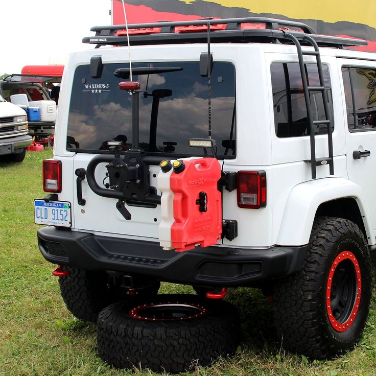Review Maximus3 JK Tire Carrier Sport Package