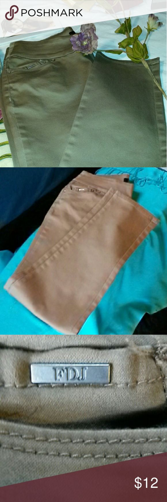 "FDJ JEANS Style:  ""French Dressing Jeans""   Item 215 Jeans Straight Leg"