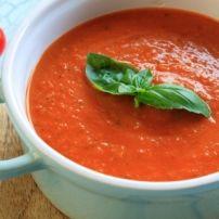 Weer eens lekker bouillon getrokken en daarvan een heerlijke ouderwetse tomaten-groentensoep gemaakt. Lekker met rundvlees en balletjes. Het was weer...