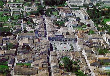 Créon is een gemeente in het Franse departement Gironde (regio Aquitanië) en telt 3774 inwoners (2005). De plaats maakt deel uit van het arrondissement Bordeaux.