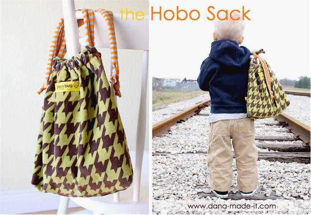 TUTORIAL: the Hobo Sack | MADE: Sacks Tutorials, For Kids, Hobo Sacks, Hobo Bags Tutorials, Beginners Sewing, Bag Tutorials, Drawstring Bags, Sewing Tutorials, Christmas Gifts