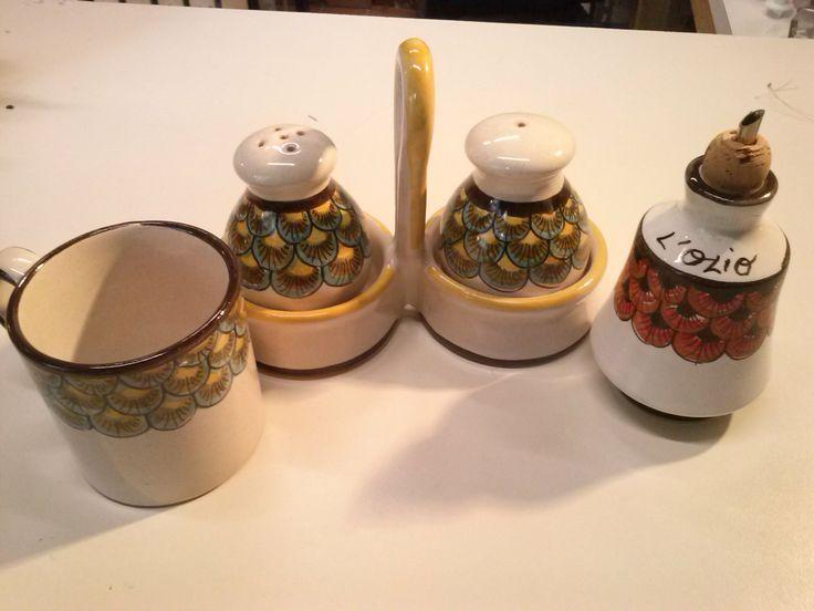 Mini oliera + tazza da tè + cestino sale e pepe / cod.34