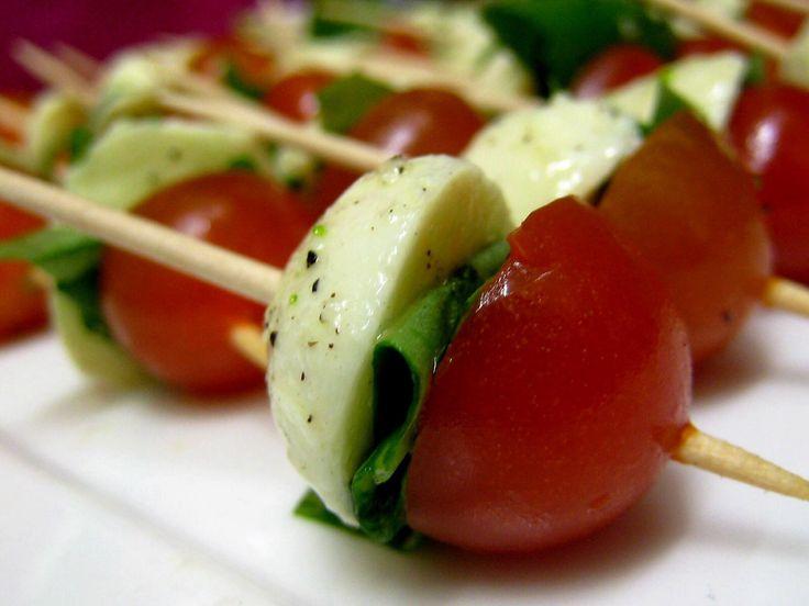Resultado de imagem para Espetinho de tomate cereja