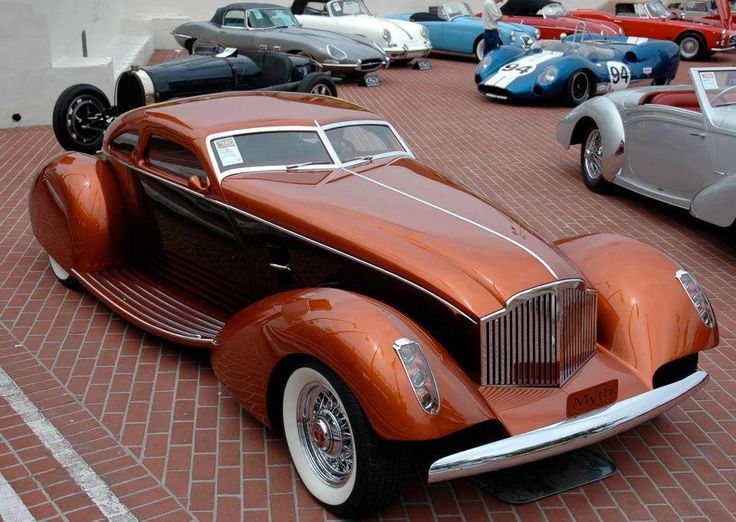 Obviously a real car, not a render. No info, grill seems to be Packard influence…
