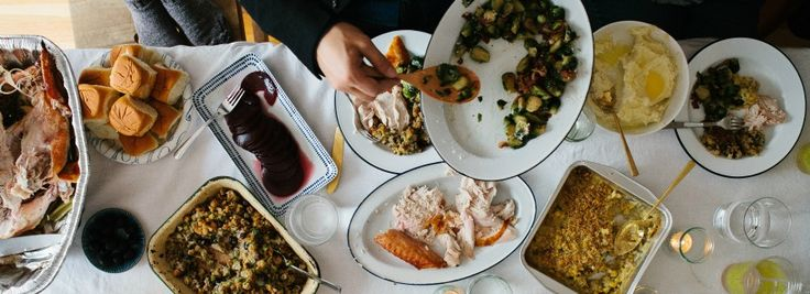 Expert Tips for Hosting a Beautiful Thanksgiving Potluck