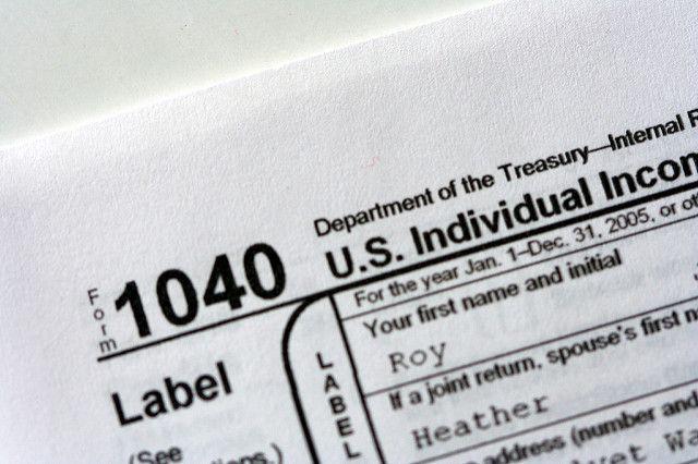 Estamos especializados en la preparación de: Declaración de impuestos - Federal Las devoluciones residentes - 1040EZ, 1040A, 1040 Las devoluciones no residentes - 1040NR, 1040NR-EZ Retornos -enmiendas - 1040X Asociación de retorno - 1065 Devoluciones de negocios - 1120, 1120-S y 1120-C