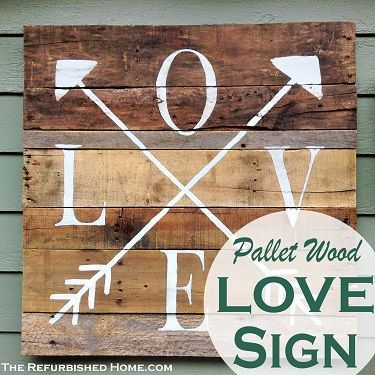 Make this DIY Pallet Wood Love Sign with these simple instructions!