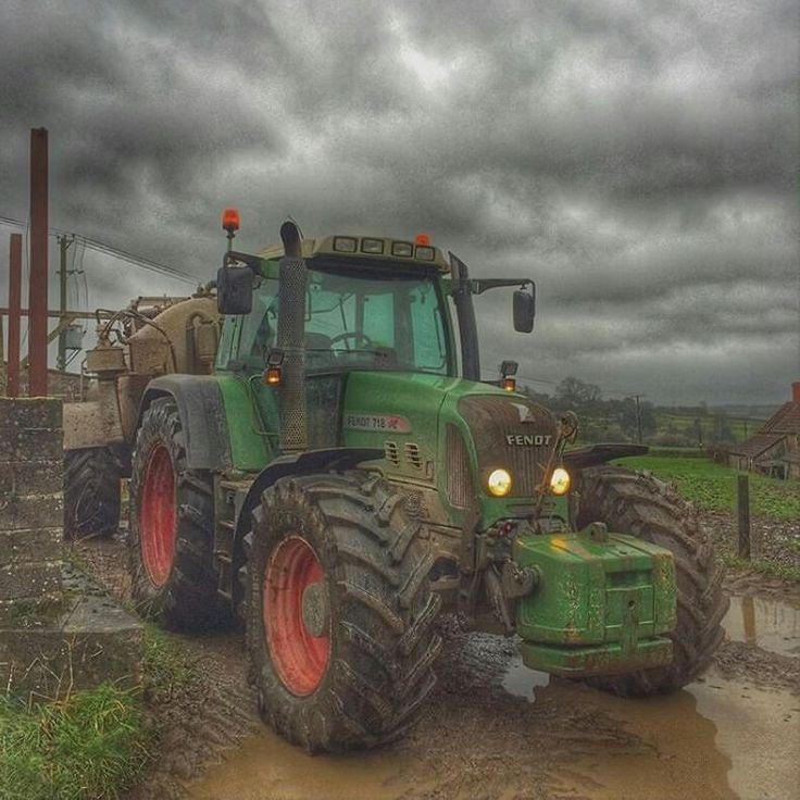 Fendt 718 Vario TMS #fendt #tractor / #trekker Send in by: @oliclothier by farming_insta_gram