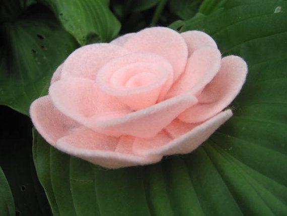 Felt Rose Pattern PENNY ROSE No Sew Felt Rose by SewYouCanToo