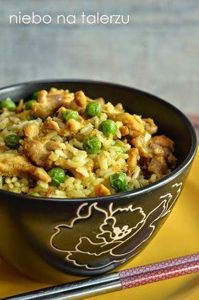 Danie z szybkich, kiedy koncepcji na porządne wygibasy kuchenne brak, a pyszne jak nie wiem co. Najlepiej mieć w kredensie ryż brązowy, bo ...